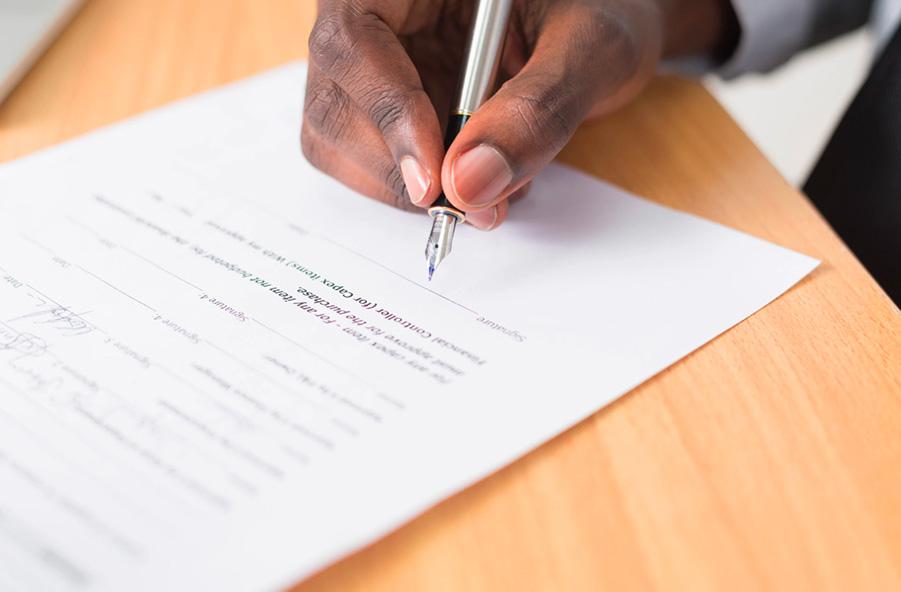 Photo d'illustration du service Aide aux formalités administratives et mise en conformité